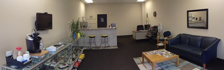 Hi-Line-Automotive-DownersGrove-Lounge